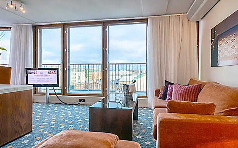 Suite - Modern