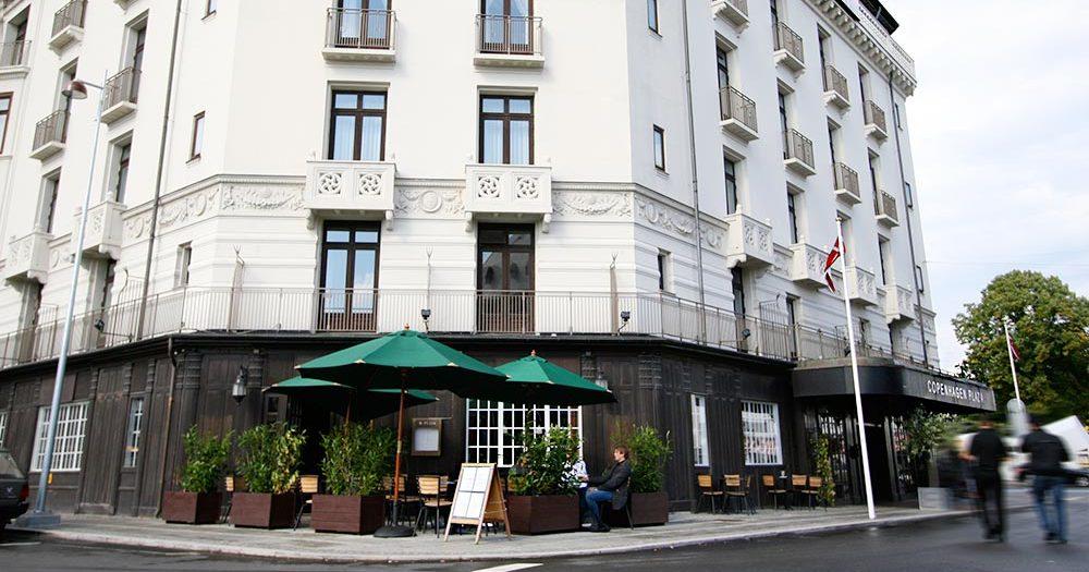 Hotel Copenhagen Plaza: Angelini og the Library Bar