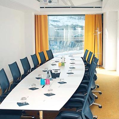 Möten och utförsåkning i Stockholm